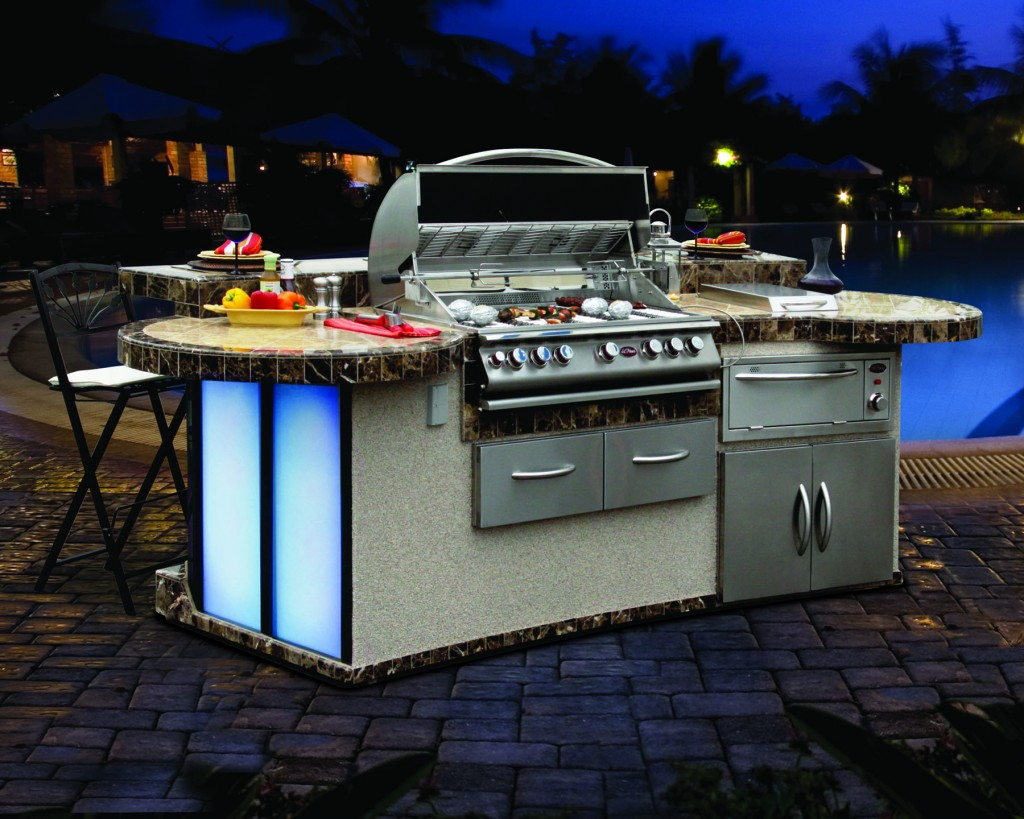 Cal Flame Outdoor Kitchen with Drop-In Grill